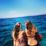 dziewczyny na wakacjach nad morzem